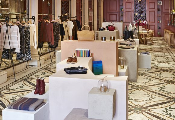 New Maiyet luxury pop up store an the heart of London uses Clayworks clay plasters.